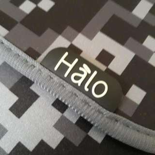Halo Reversible Sleeve for iPad