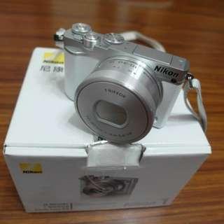 【出售】 Nikon J5 + 10-30mm 微單眼相機 國祥公司貨 9.5成新