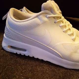 Nike Air Max Thea Size US8