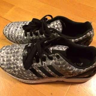 Adidas Black And Grey Fluxs