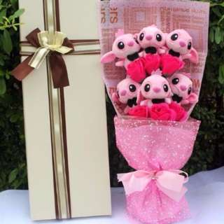 Cute 6 Pcs Pink Stitch Plushie Pink Rose Bouquet in Box Flower for Gifts (6 pcs of Stitch Plushies)
