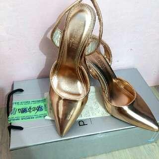 Parisian Ilaya Pointed Heels