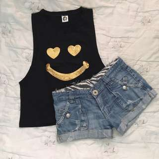 Smiley Top