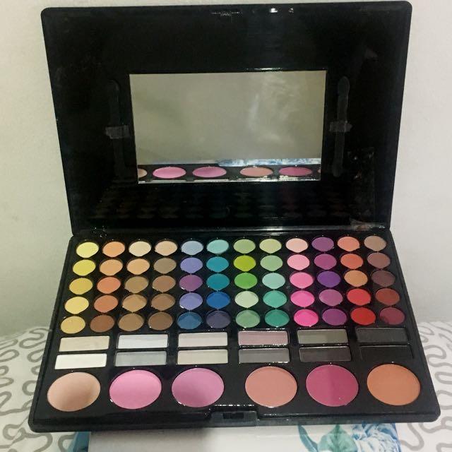 78 Shadows Blush Palette