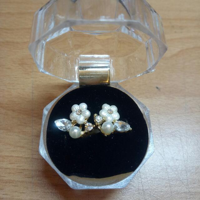 夾式耳環 璀璨水鑽珍珠花朵 #舊愛換新歡#全部五折出清