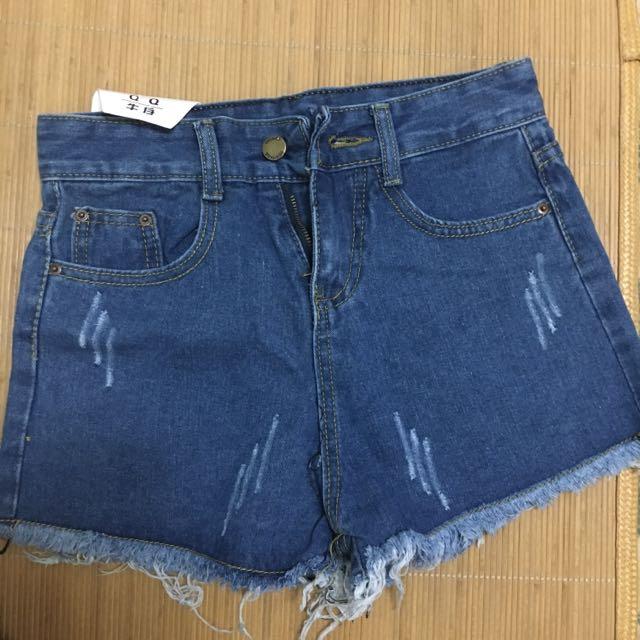 全新 牛仔 短褲 M