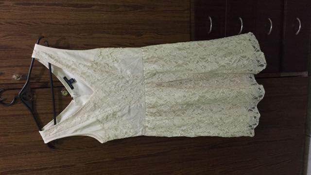 American eagle laced dress off white