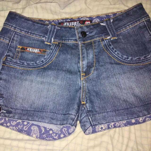 AUTHENTIC Tribal shorts