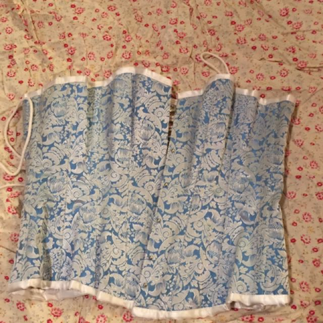 """Baby Blue And White Damask Steel Boned Sz 26 """" Rrp $140"""