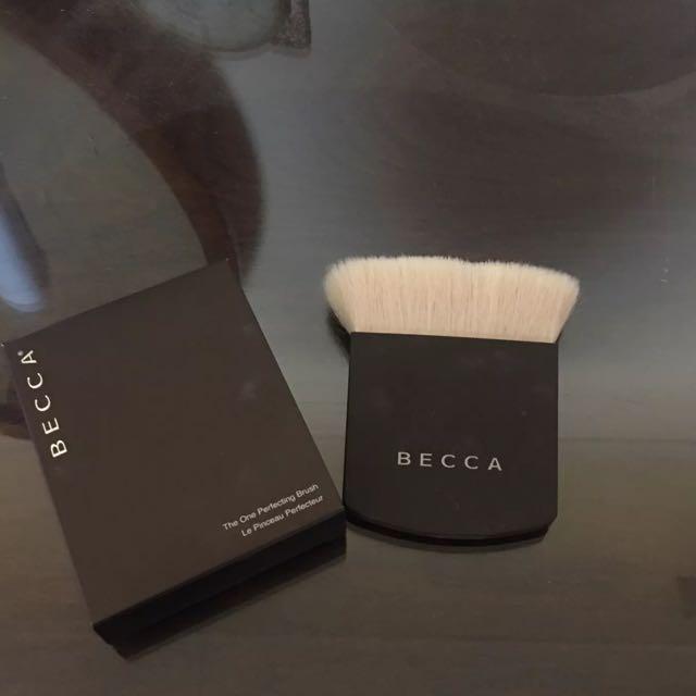 BECCA Cosmetics One Perfecting Brush