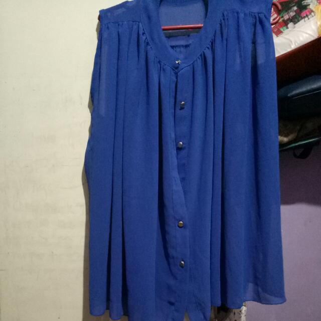 blue blouse once lang nagamit malaki na sa akin