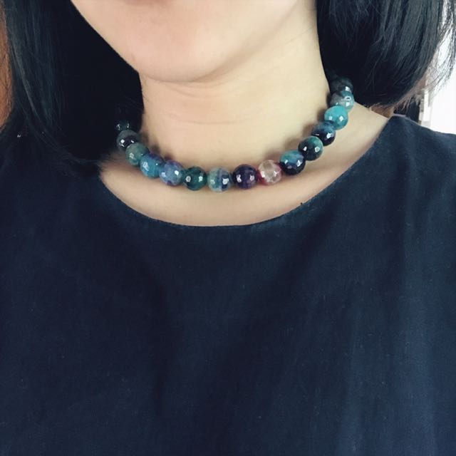 Blue Shades Short Necklace