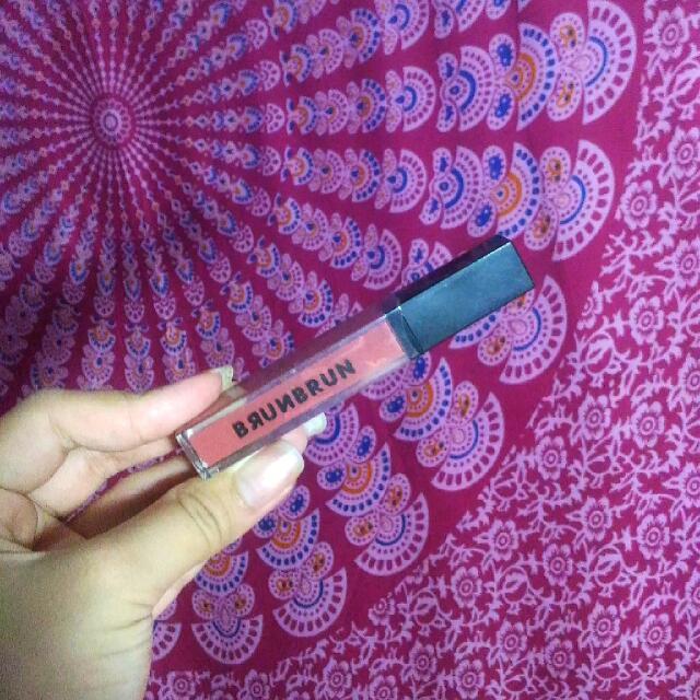 Brun Brun Melted Matte Lip Color