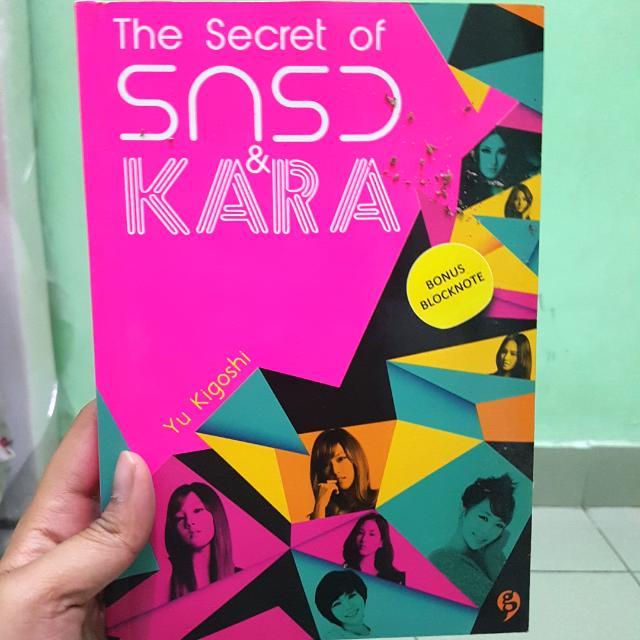 Buku Fakta SNSD dan KARA