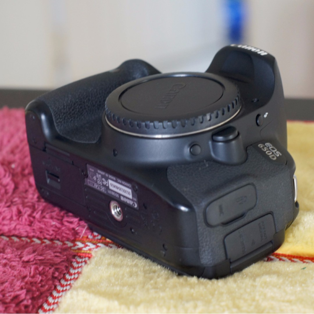 Canon 650D (only body)   shutter count 17.000