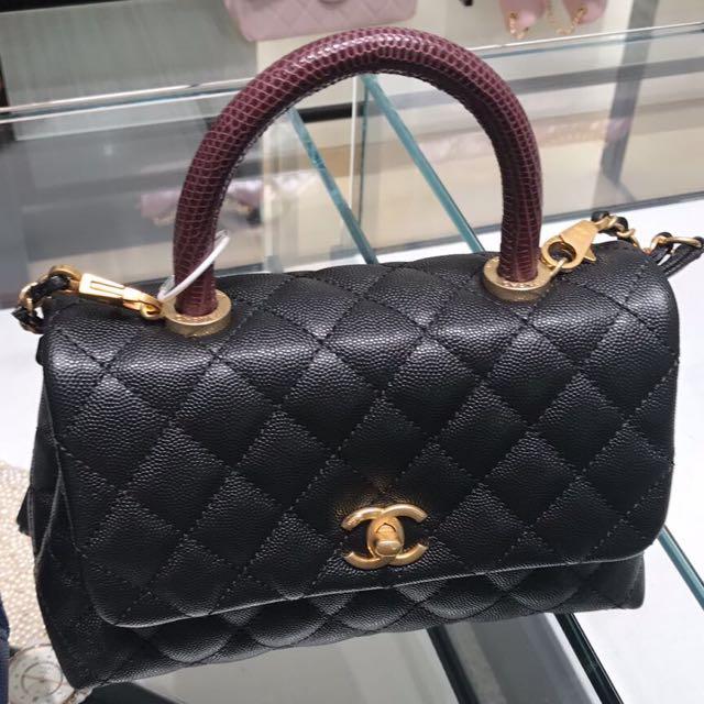 6529c615b95e6 Chanel Mini Coco Handle
