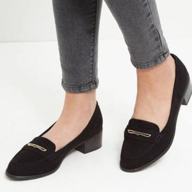 Chic Closed Shoes
