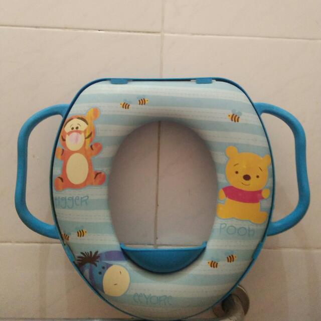Dudukan Closet Winnie The Pooh
