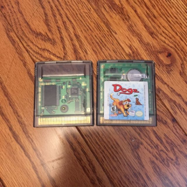 Game Boy Color Games (Aladdin & Dogs)
