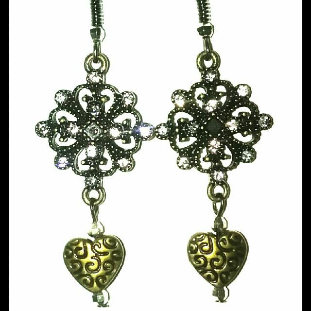 Gold Plated Flower Rhinestone Earrings