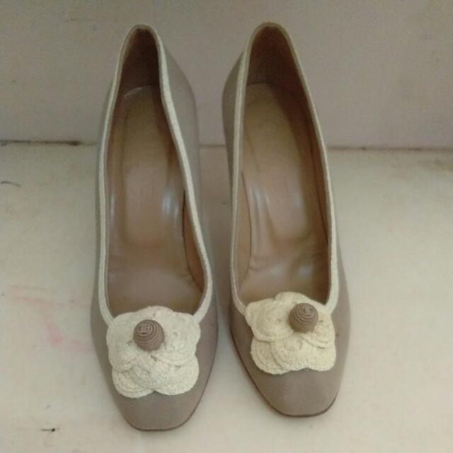 high heels (italy)