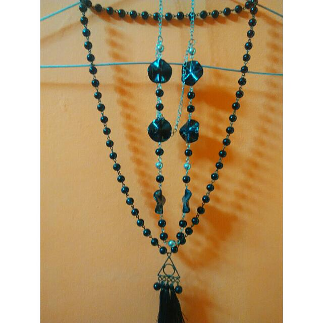 Long Beads Necklace