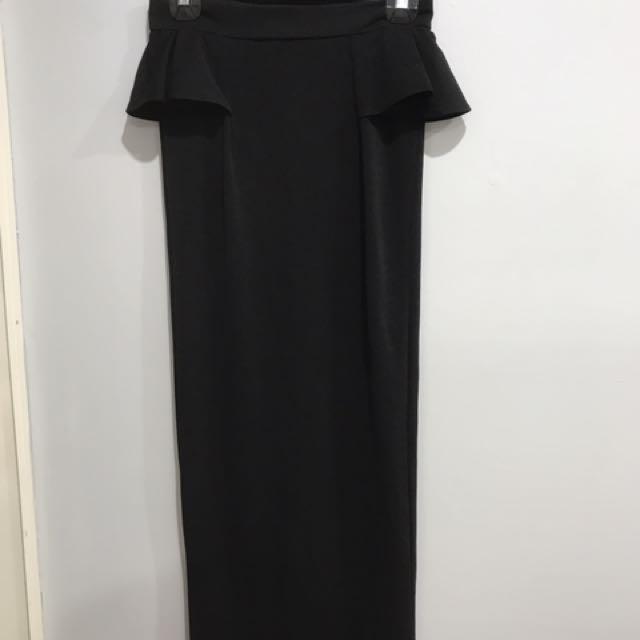 Long Peplum Skirt With Split