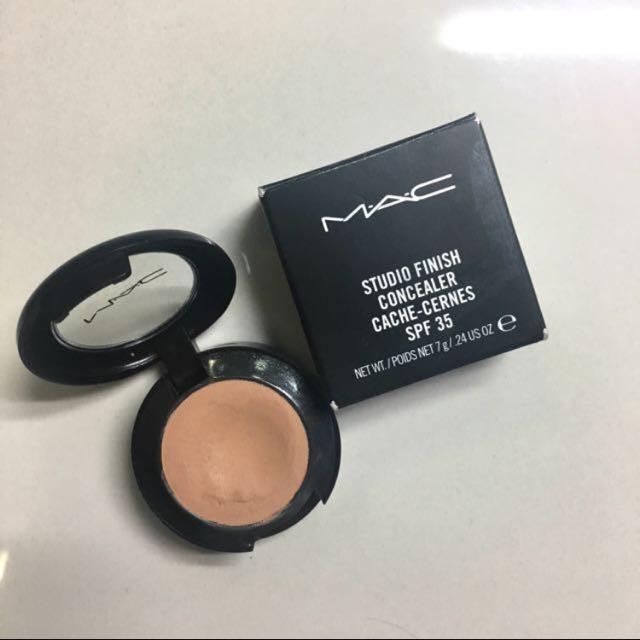 MAC concealer A56