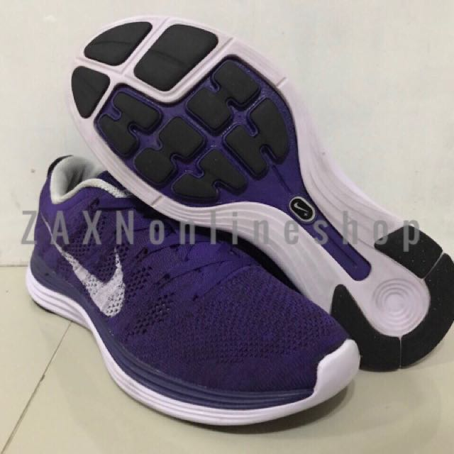 best website e2243 e06ac Nike Flyknit Lunar 1 Size 8 wmns or 25cm insole, Preloved Womens Fashion,  Shoes on Carousell