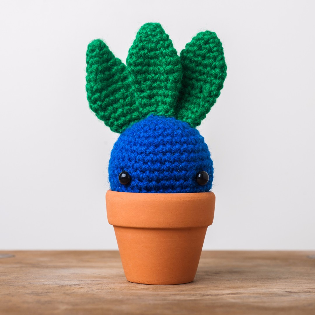 Oddish from Pokemon Amigurumi with Flower Pot