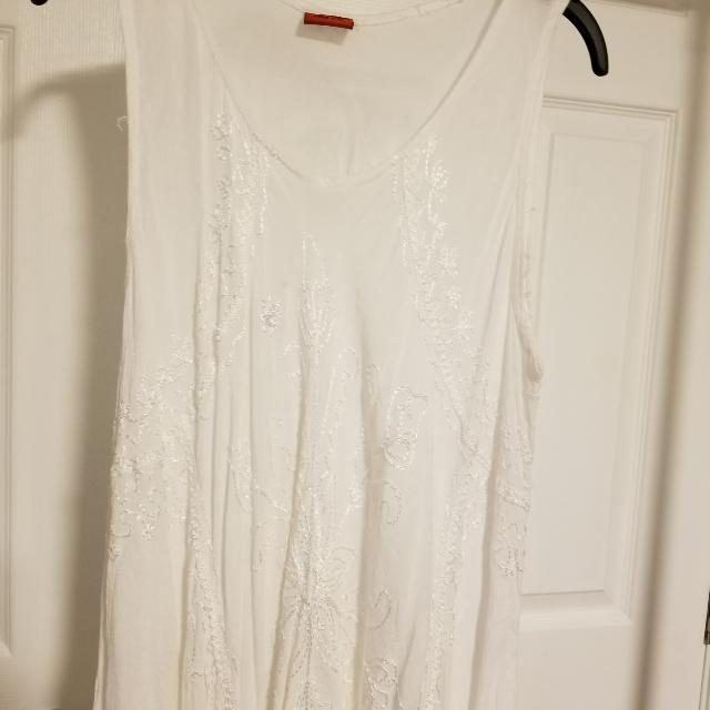One size cool flowing 100% Rayon Dress