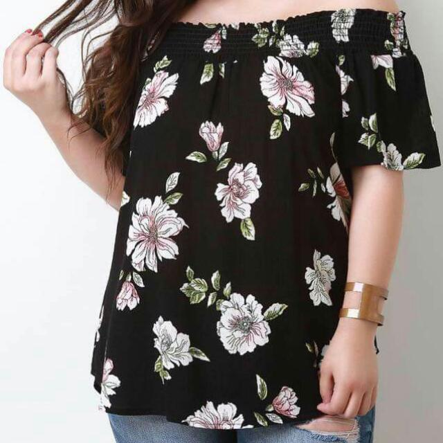 Online Sale: P250 only !!!  💕New Arrival Off Shoulder Floral Plus Size Blouse💕 💫Blend chiffon, soft comfy  💫Elasticized off shoulder  💫Full 3D Floral  💫Free size fits up to XL 💫3 colors  💫Nice quality