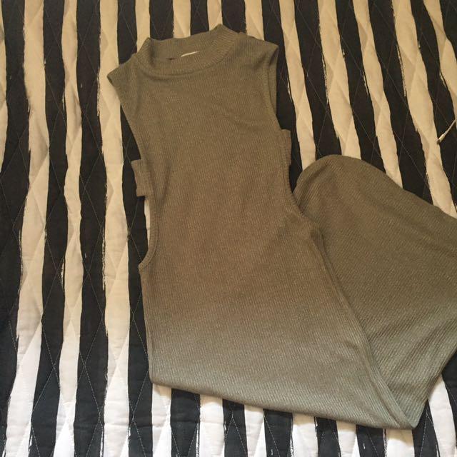 Open Side Sleeveless Dress