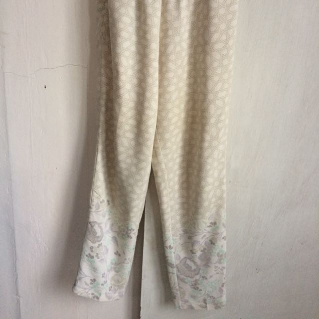 Preloved Ria Miranda Pants