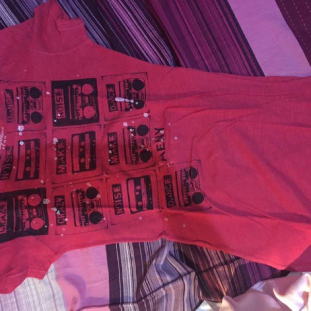 Red Shirt / Kaos Merah