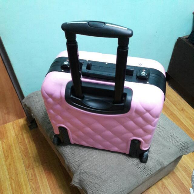 Repriced SUESH Make Up Trolley