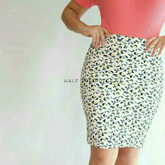 SALE!!! Printed Skirt