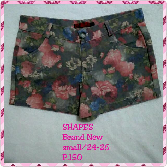 Shapes Sexy Floral Shorts