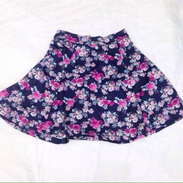 Stradivarius Flowers Skirt