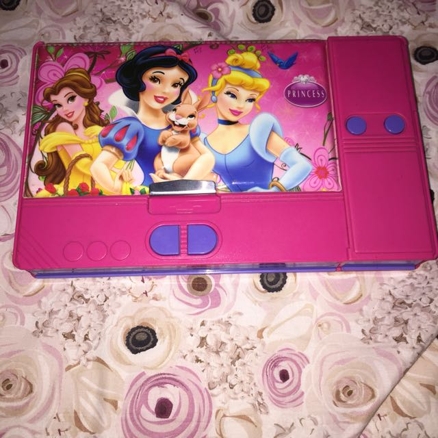 Tempat Pensil DISNEY PRINCESS
