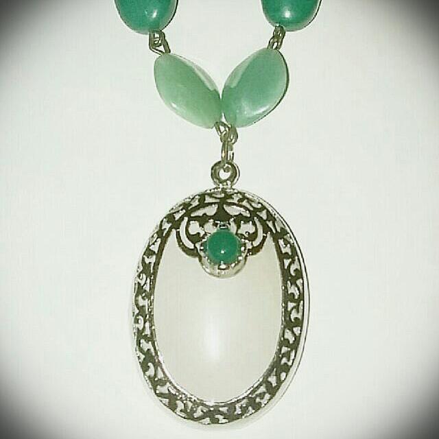 White Quartz Pendant With Necklace