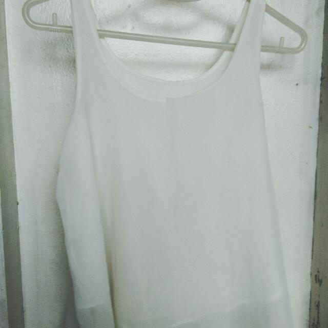 White Sleeves Top And Gray Kimono