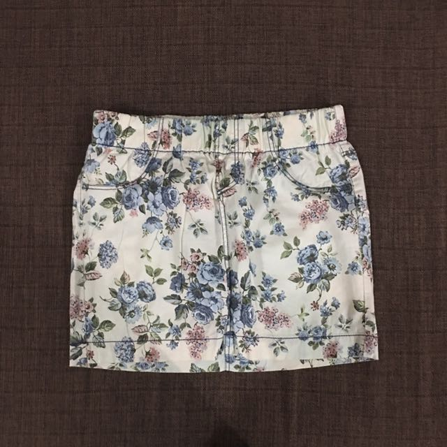 Zara TRF Collection Skirt with back pockets