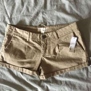 Clay Garage Camper Type Shorts