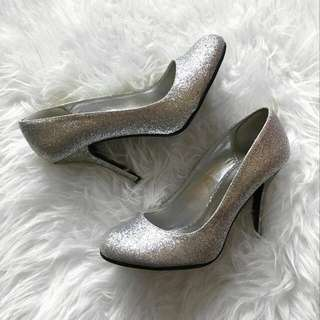 Silver Glitter Heels - Worn Only ONCE - Size 7 1/2