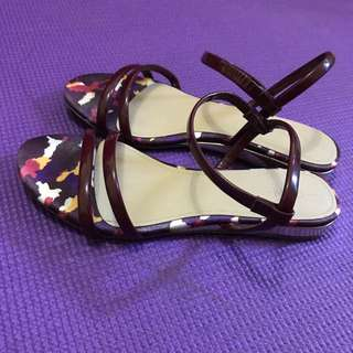 CLN Strappy Flat Sandals (WineRed)