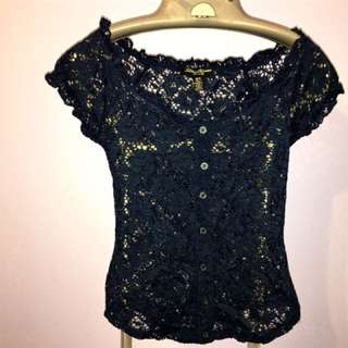 SMALL NAVY LACE TOP