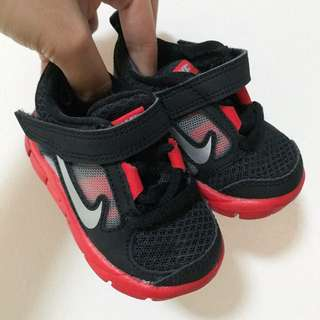 AUTHENTIC BRAND NEW NIKE AIRMAX FOR BABIES (US SIZE: 3C)