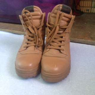 Camel Boots Tag Timberland