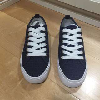 Tommy Hilfiger Navy Sneakers